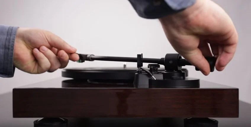 How to Set Up the Fluance RT80 & RT81 Turntable and Properly Balance the Tonearm
