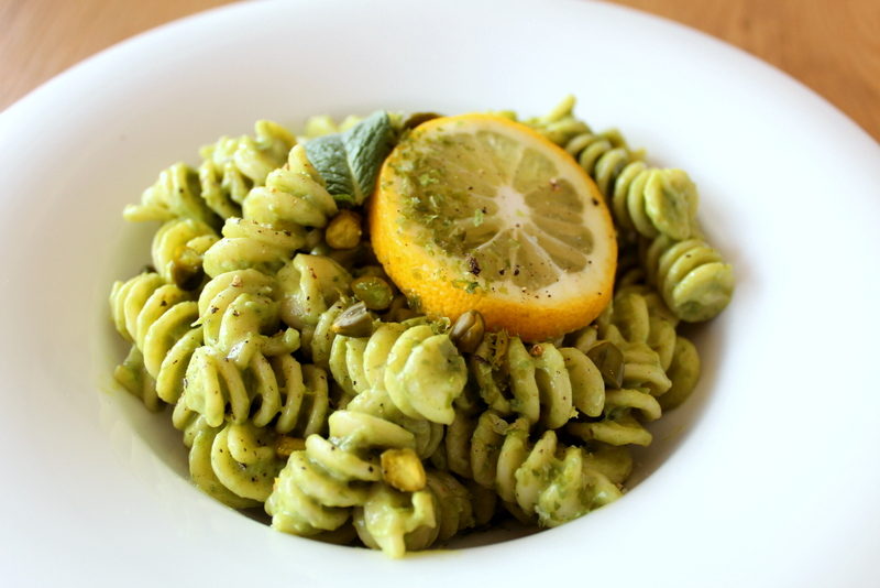 Leckere Avocado Pasta