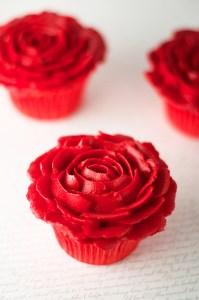 Cómo hacer flores con boquillas y manga pastelera básicas 5