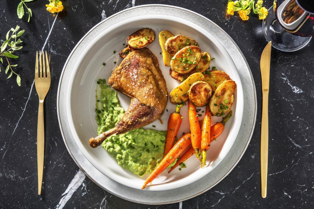 main - plat principal - pintade - carotte - carrot - pomme de terre - potatoes - légumes glacés - créme petits pois - easter - pâques - premium - recette