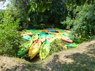 Les canoës nous attendent!