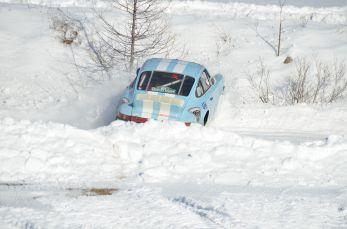 Ancienne Porsche au tas