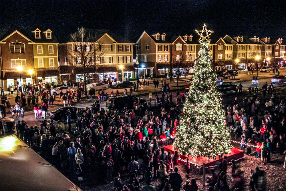 Fred Smith Company invites you to the annual Riverwood Christmas Festival.  This year the festival will be held on Friday, December 4, 2015 from 3pm –  8pm. - Riverwood Christmas Tree Lighting Riverwood Athletic Club