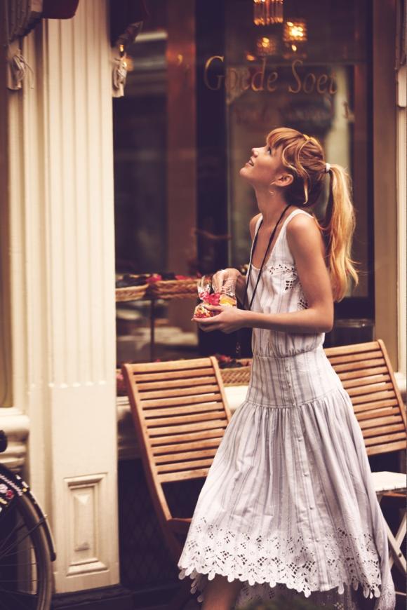Actitud, tips para una mejor actitud, actitud = exito, como chica caminando