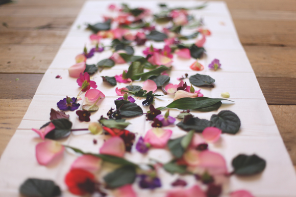 eco dyeing with flowers