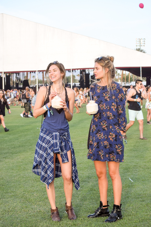 Festival Fashion In The Heart Of The Desert