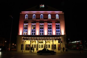 The Old Vic by night