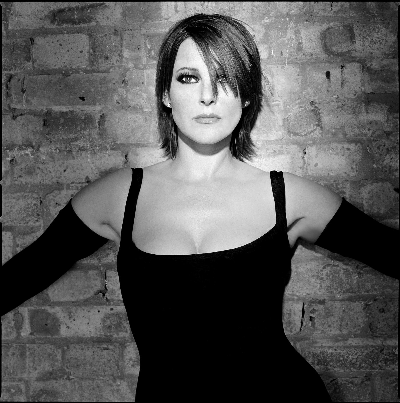 black and white photo of Ruthie Henshall in 'Chicago'