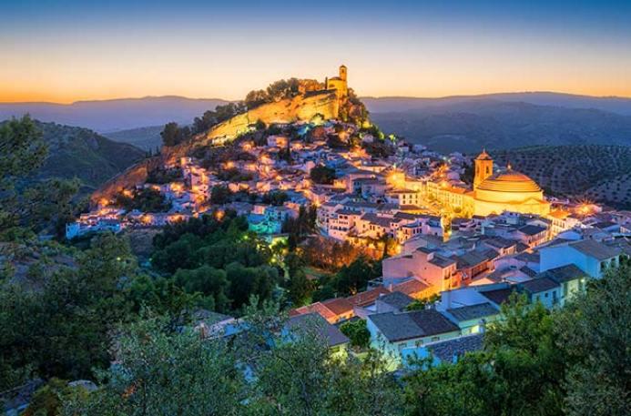 Pueblos de Granada para visitar y disfrutar. Turismo en Granada