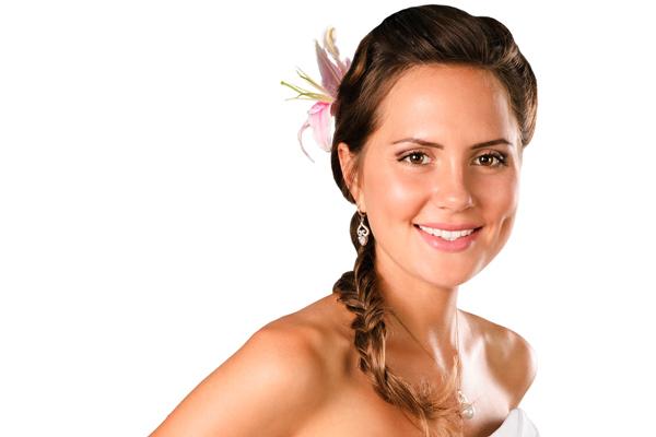 Bridal-Hairstyles-Beach-Weddings-Side-Hair-Braid