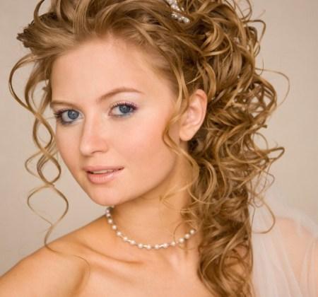 bridesmaid-updo-hairstyles (17)