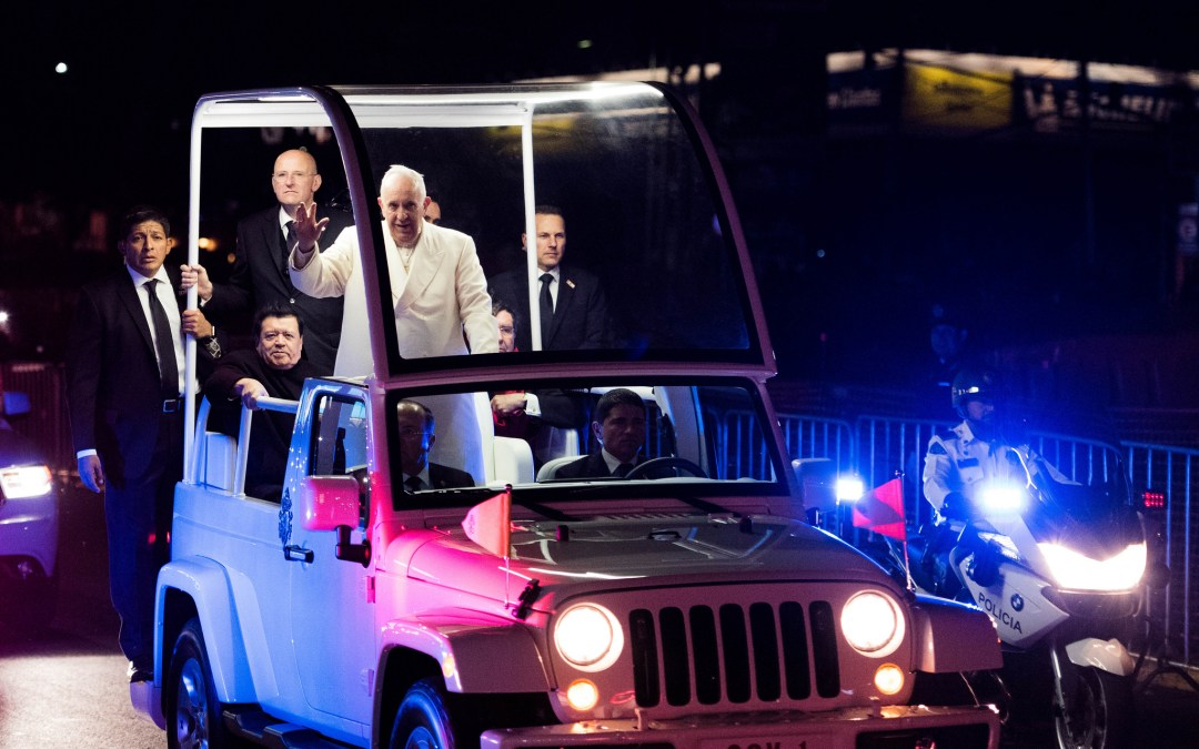 How I photographed the Pope in Mexico city