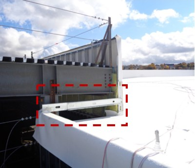 End wall not assembled at parapet termination