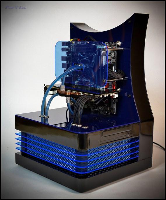 mod-pc-DluXe-black-n-blue-07