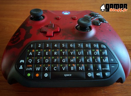 test Microsoft Chatpad pour manette Xbox One ou PC