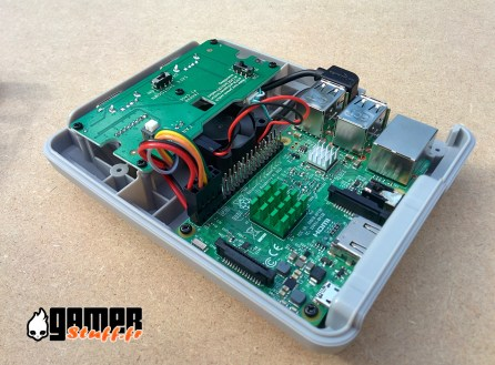 test boîtier Raspberry PI - Retroflag Superpi case J
