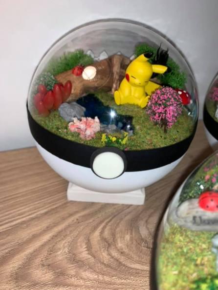 pokemon Pikachu - pokeball IRL
