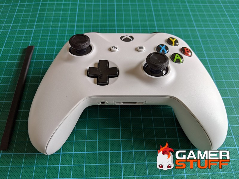 tuto demonter manette Microsoft Xbox One S