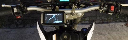 Tomtom Rider 400 an Yamaha WR250R
