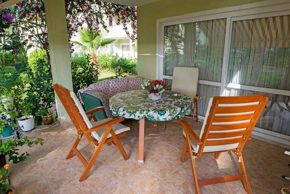 25 backyard patio furniture ideas you
