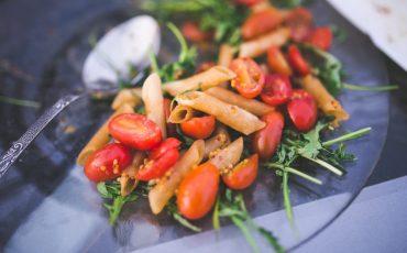 tomato pasta salad