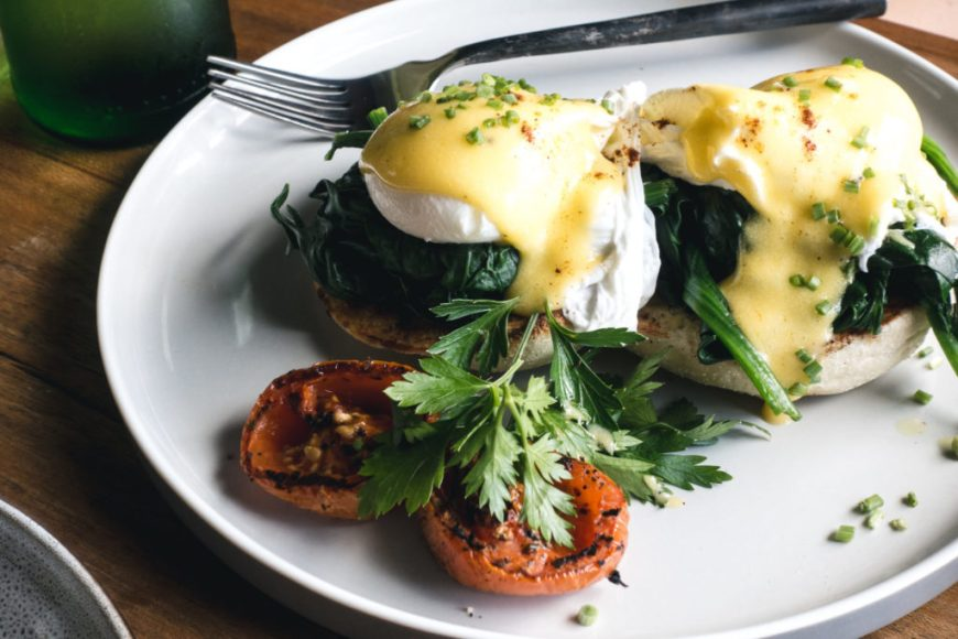 spinach recipe eggs benedict