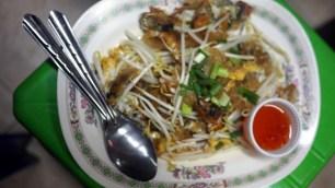 omeleta z mušlí, večerný trh