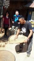 K'HO coffee farm: oddeľovanie šupiek od zŕn