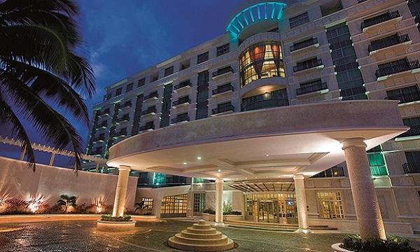 sandos_cancun_exterior_40-300