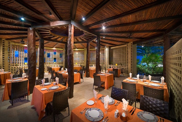 hard-rock-hotel-cancun-frida-restaurante