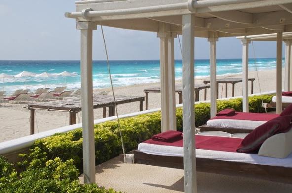 sandos_cancun_exterior_02-300-1