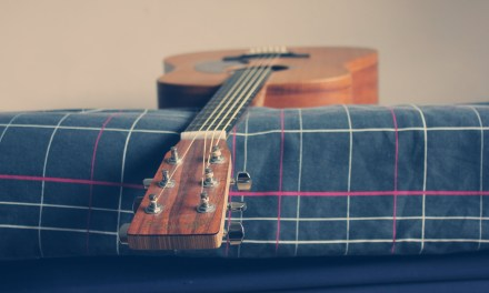 Acoustic Guitar Backing Track In F Major