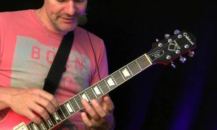 Guitar Lesson – Tapping ( Easy classical song )