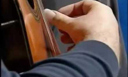 Classical and Flamenco Guitar – Tremolo Lesson