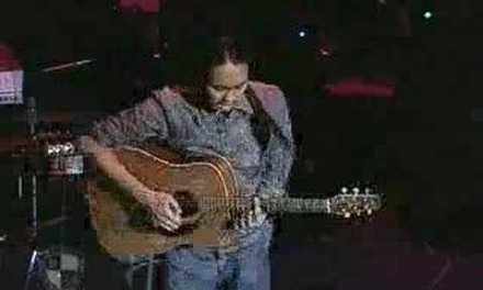 Berjalan Bersamamu (DADGAD Fingerstyle Guitar) Live at Berklee – Az Samad