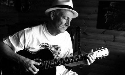So Far Doing Alright – Fingerpicking blues on a 1925 Gibson L3