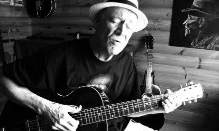 Catfish Blues – Fingerpicking Blues on a 1925 Gibson L3