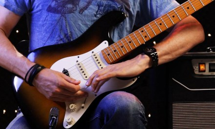 How to Use the Whammy Bar | Heavy Metal Guitar