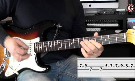 Example 3 – Easy guitar licks – A minor pentatonic lick –  – Guitar Couch Lessons