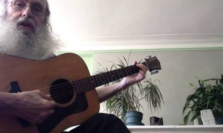 A Beginners Blues Scale Guitar Lesson In The Kery Of E