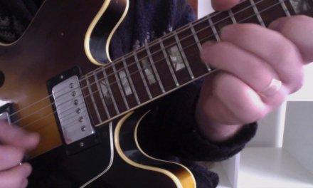 Classic D minor Pentatonic Lick – Guitar Lessons in Crawley