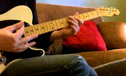 """HOW TO PLAY THE MINOR """"BLUES"""" PENTATONIC SCALE IN : A"""