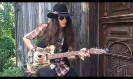 Justin Johnson Facebook Live unboxing of the Jack Daniels Guitar