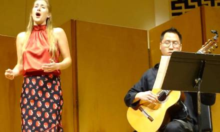 Danielle Crook and Thanh Pham – Modinha (Heitor Villa-Lobos)