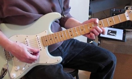 Guitar Lesson: Two Easy Classic Chuck Berry Licks
