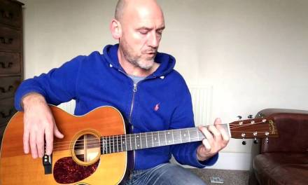Guitar Lesson – Intro to open major chords