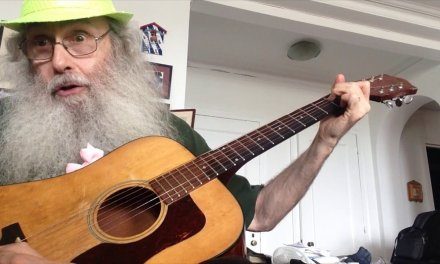 Guitar Lesson. Messiahsez Beginners Guitar Lesson. How To Play E, A7,  and B7 On The Guitar!