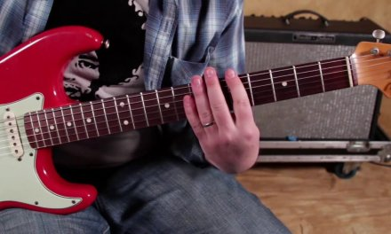 3 keys to easily play Blues Pentatonic Solo's up and down the Fretboard