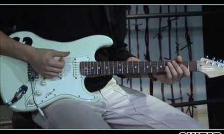 "John Mayer Teaches How to Play ""Crossroads""  – Intro/Verse/Solo"
