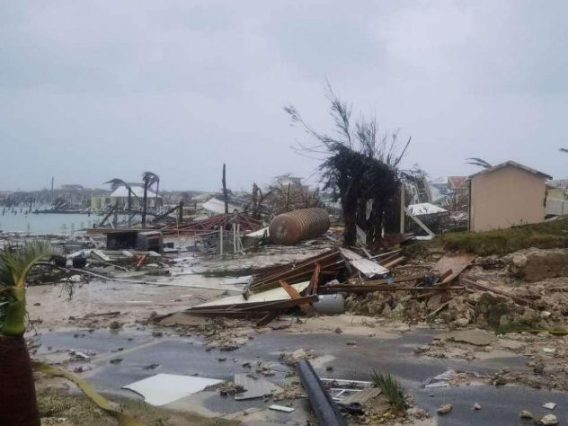 States warn of hurricane charity scams